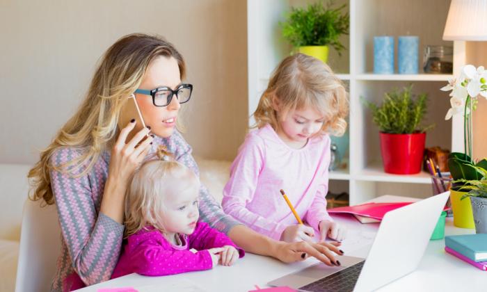 Arbeiten, Kinderbetreuung und so vieles mehr gleichzeitig